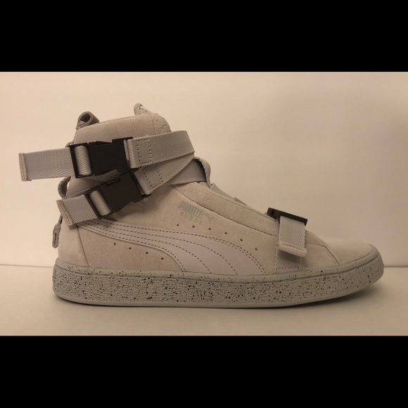 the best attitude 0e0c3 6ca1f Puma x XO Suede The Weeknd Sneakers Size 8 RARE NWT